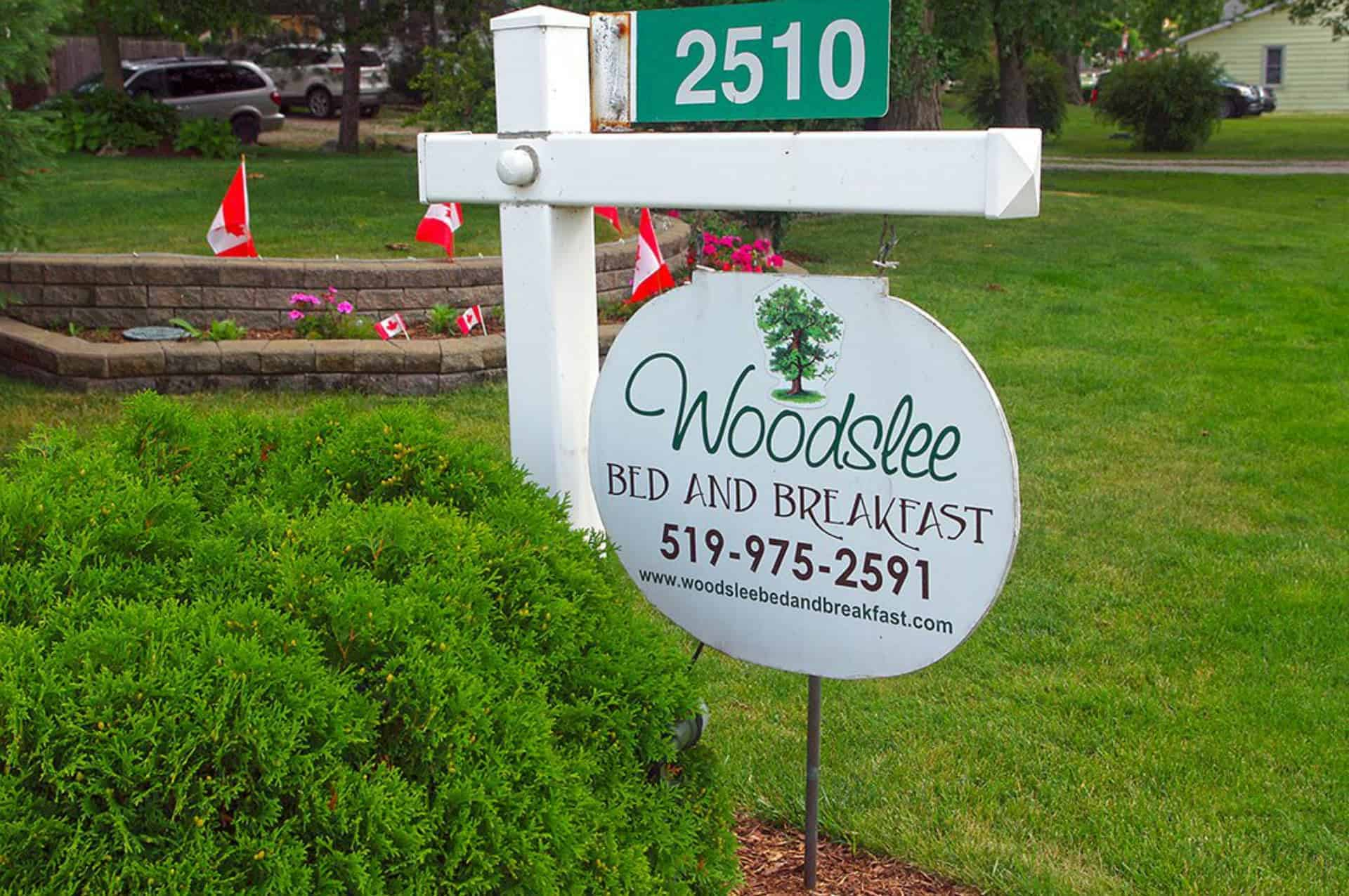 Image of Woodslee Ontartio Bed and Breakfast Sign
